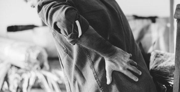 Pijn in je linker of rechterzij: oorzaken en wat te doen